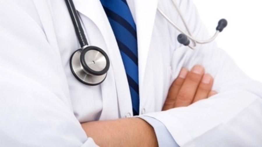 29 طبيبا وطبيبة مغربية حصلوا على الجنسية الفرنسية مكافأة لهم