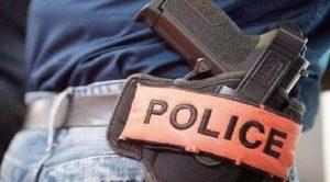 مفتش شرطة يضطر لإشهار سلاحه الوظيفي لتوقيف شخص عرض أمن المواطنين لتهديد خطير