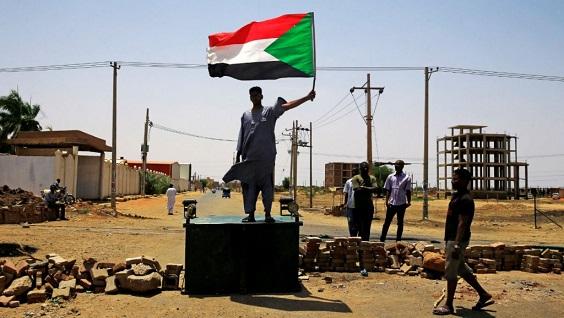 السودان: اتفاق بين المجلس العسكري والمعارضة يمهد الطريق لحكومة انتقالية