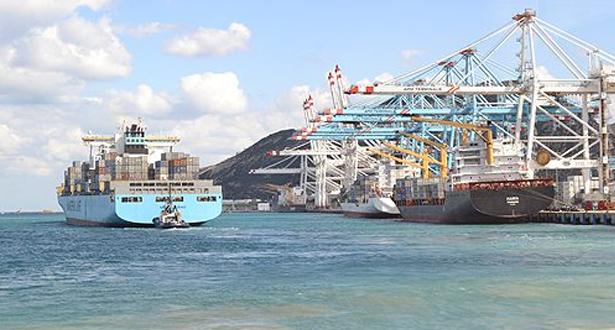 ميناء طنجة