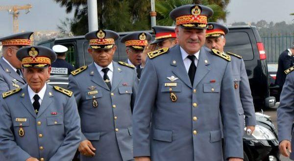 إسبانيا توشح الجنرال حرامو قائد الدرك الملكي بوسام الصليب الأكبر للاستحقاق للحرس المدني