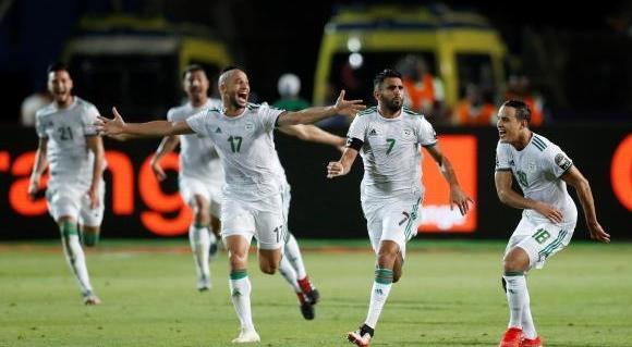 فوز المنتخب الجزائري