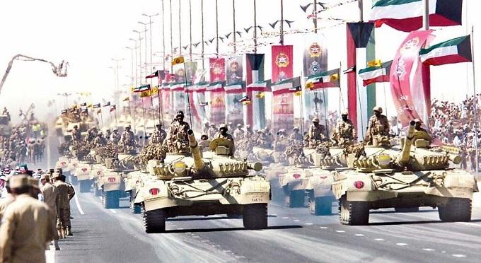 """طبول الحرب تقرع بالخليج و الكويت ترفع حالة """"الاستعداد القتالي"""" لوحداة الجيش"""