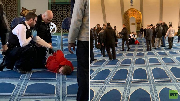 عملية-طعن-داخل-مسجد-في-لندن