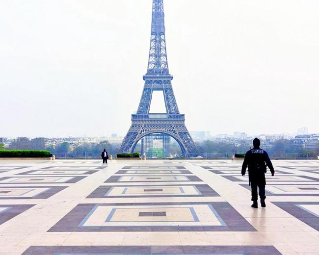 فرنسا تمديد حالة الطوارئ الصحية في فرنسا