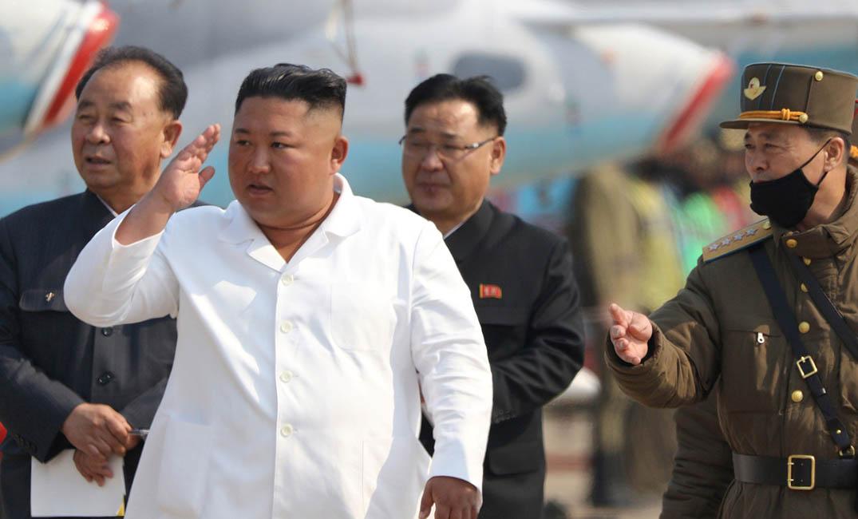 """زعيم """"كوريا الشمالية"""" يظهر من جديد"""