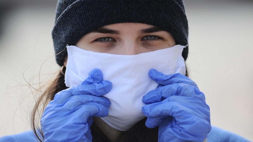 انتقال العدوى عبر الفم