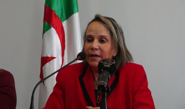 الأمينة العامة للإتحاد الوطني للنساء الجائريات