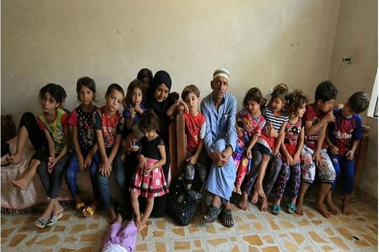 فلسطيني ينجب 42 ولدا و350 حفيدا