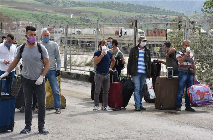نقل المغاربة العالقين بتركيا عبر رحلة جوية إلى مطار مدينة تطوان مساء اليوم