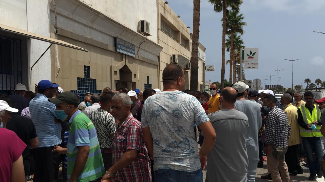 """الناظور: فوضى وإحتجاجات أمام بوابة ميناء بني انصار بعد قرار فرنسا بالغاء الرحلات في اتجاه""""سات"""""""