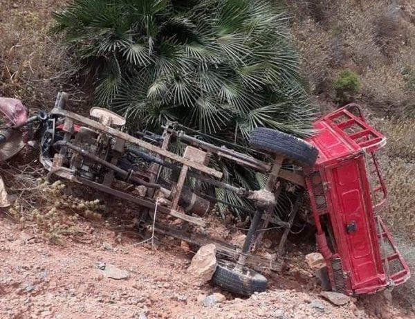 الدريوش: حادث خطير يودي بحياة زوجين واصابة اربعة من ابنائهم