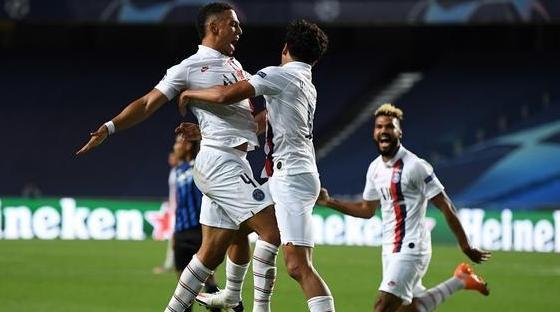 باريس سان جيرمان يقلب تأخره أمام أتلانتا إلى تأهل لنصف نهائي ابطال أوروبا