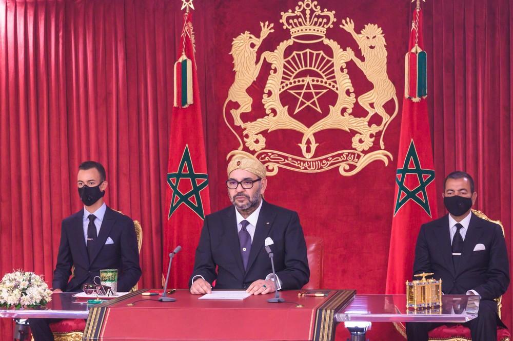 جلالة الملك يدعو كل القوى الوطنية للتعبئة واليقظة والانخراط في المجهود الوطني للتصدي لوباء (كوفيد 19)