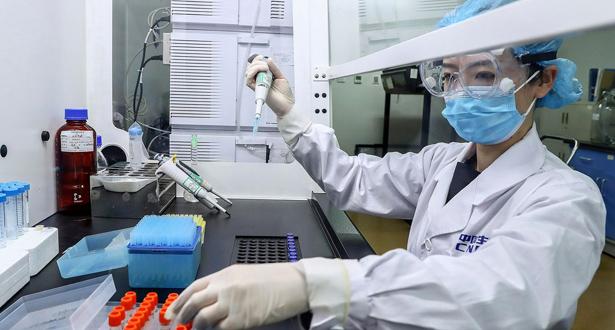 الصين تمنح أول براءة اختراع للقاح مضاد لـكوفيد-19