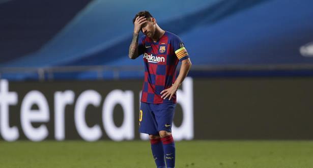 """نهاية حقبة في برشلونة بعد """"الوصول الى الحضيض"""" بالهزيمة المذلة في دوري الأبطال"""