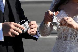 خمس وفيات و175 إصابة بكورونا في حفل زفاف