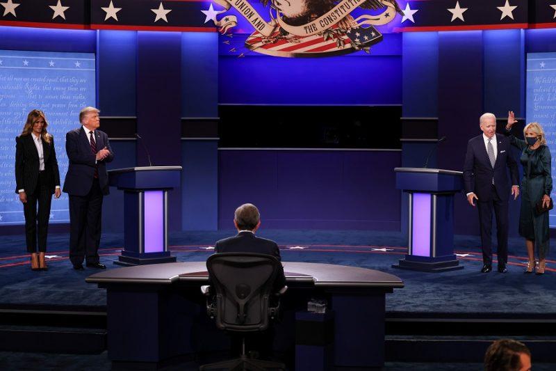 اشتباك شرس بين ترامب وبايدن في مناظرة اتسمت بالفوضى قبيل انتخابات الرئاسةالأمريكية