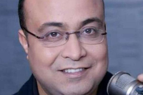 وفاة صحافي