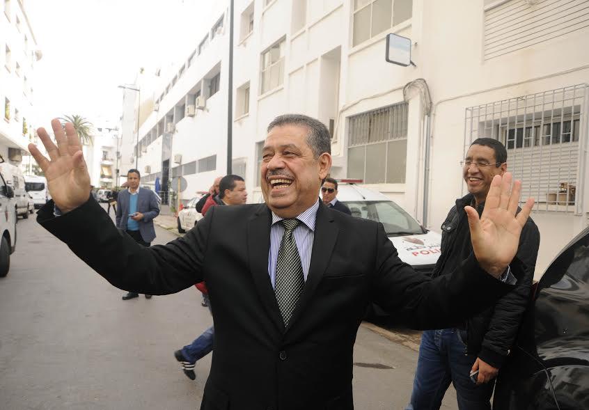 البيجيدي أنصاره في فاس يدعمونه وقادة الحزب لم يلتقوا به..عودة شباط للإطاحة بالأزمي