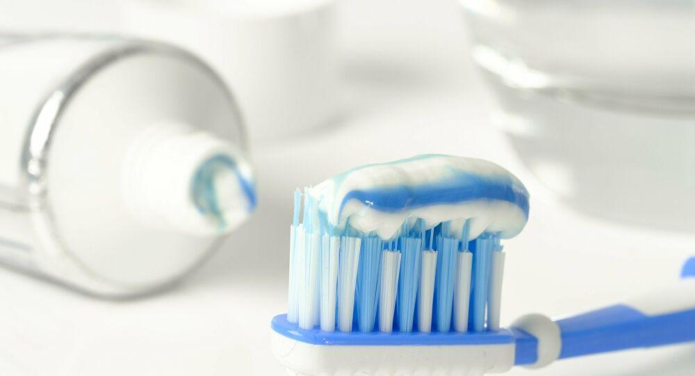 بعد سنوات من الاستعمال الخاطئ.. كيف نستخدم معجون الأسنان؟