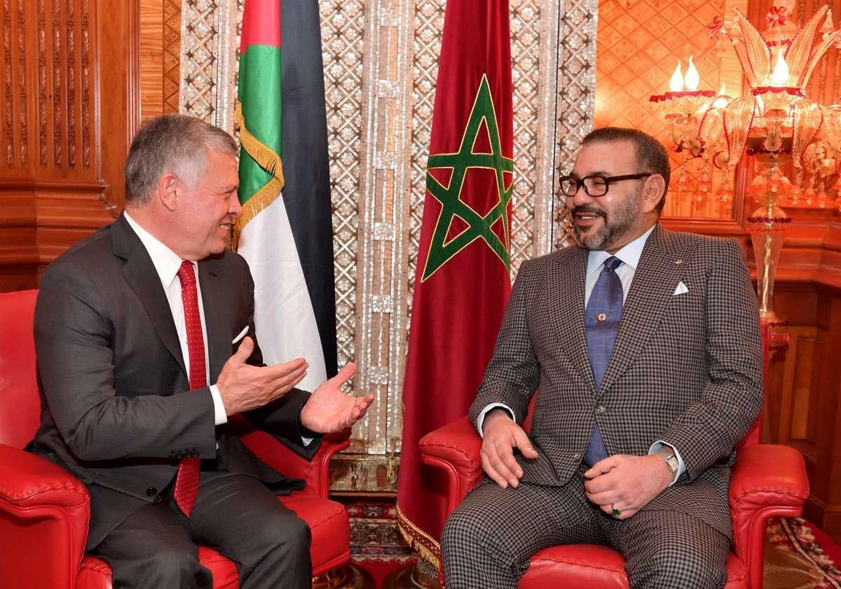 الملك محمد السادس يتلقى اتصالا هاتفيا من عاهل الأردن والأخير يشيد بقرارات جلالته