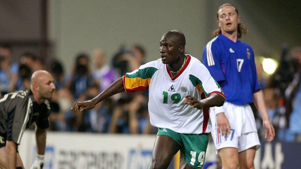 وفاة اللاعب السنغالي بابا ديوب صاحب هدف الفوز على فرنسا في مونديال 2022