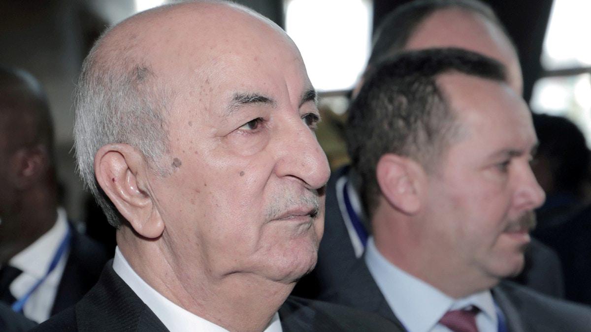 """غياب الرئيس الجزائري أصاب البلاد بـ""""الشلل"""".."""