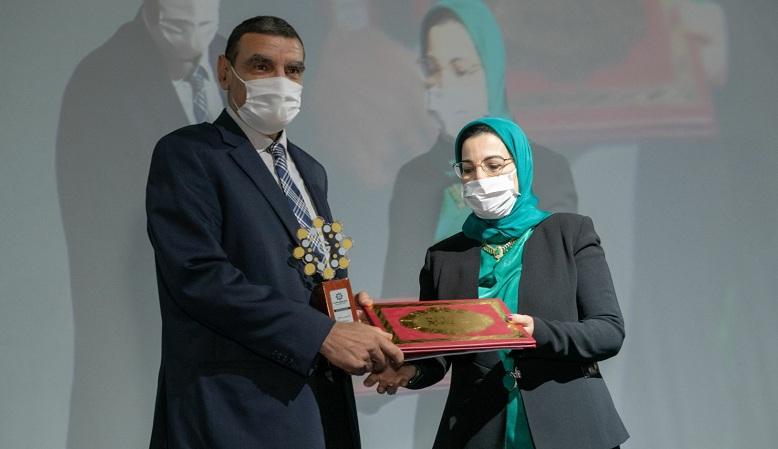 """الدكتور محمد الفايد يفوز بجائزة """"غلوبال العالمية"""""""