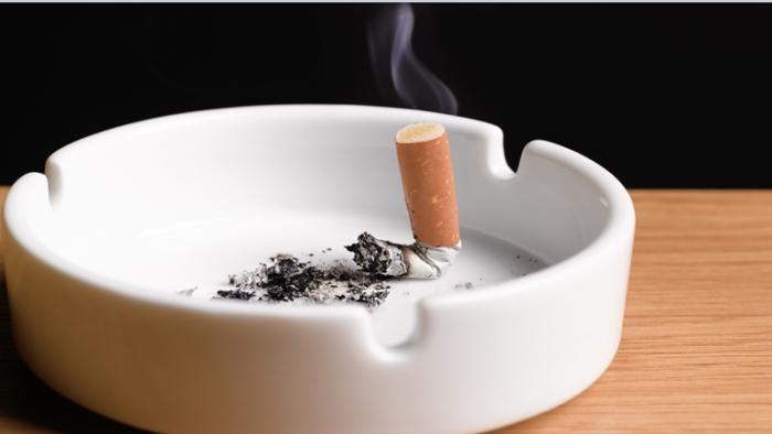 """كيف يؤدي التدخين إلى تفاقم عدوى """"كوفيد-19"""" في الشعب الهوائية؟"""
