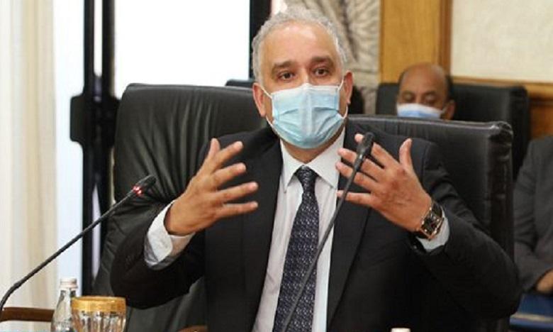 خبير في النظم الصحية يحذر خطر السلالة الجديد لكوفيد على المغرب