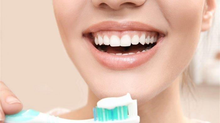 الأسنان المفقودة