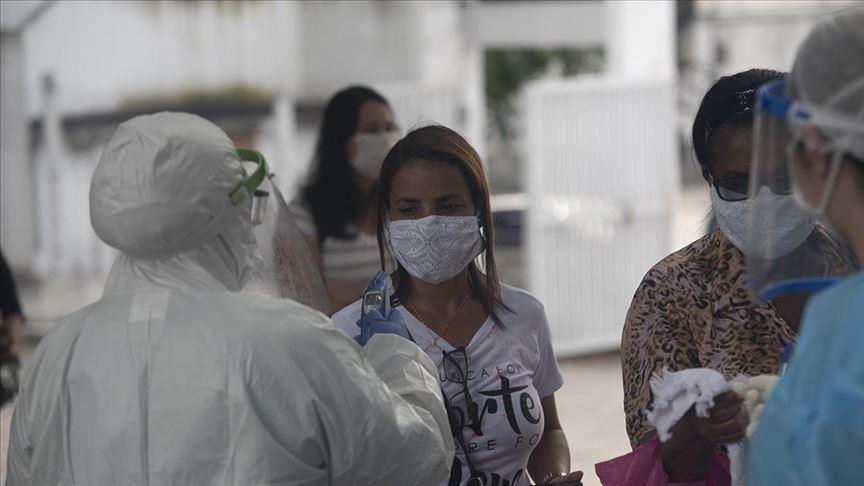 البرازيل.. تسجل 697 وفاة ونحو 51 ألف إصابة جديدة بكورونا في 24 ساعة