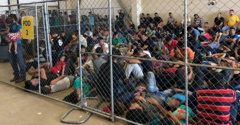 احتجاز مهاجرين سريين بينهم مغاربة في ظروف غير انسانية بإسبانيا
