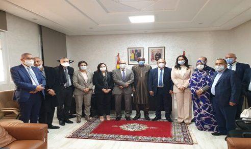 وفد عن لجنة الخارجية بمجلس النواب يزور قنصليات بالداخلة