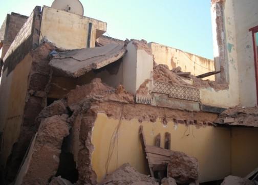 انهيار المنازل