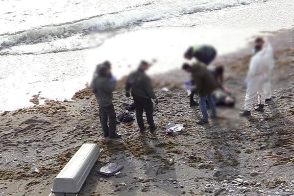 بحر سبتة يلفظ جثة مغربي حاول دخولها سباحةً والبحث جاري عن مفقودين