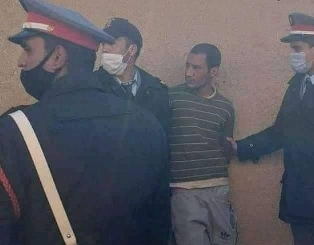 """مقرقب يذبح طفلا من الوريد للوريد نواحي الراشيدية """"صور"""""""