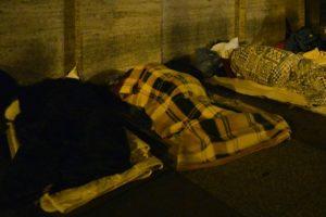 مصرع مهاجر مغربي متجمدا في شوارع ميلانو