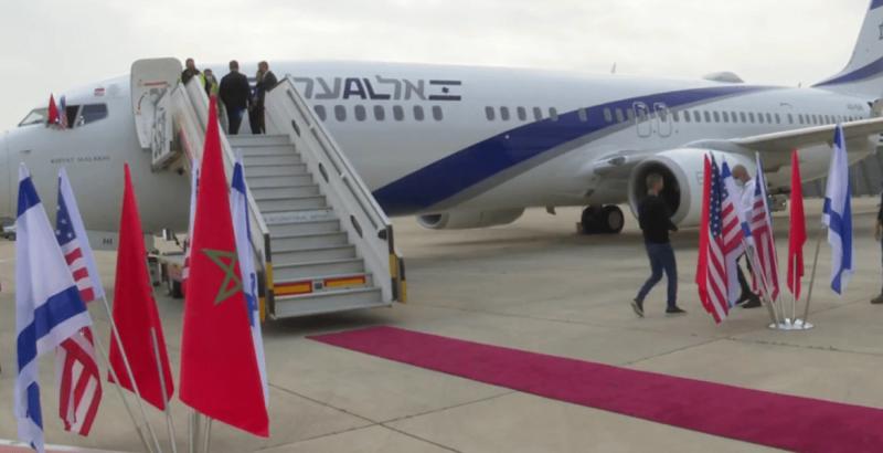 التوقيع على أول اتفاقية تسيير رحلات جويه مباشرة بين المغرب وإسرائيل