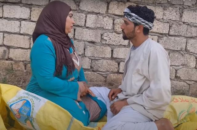 """فيديوهات مخلة على قناة """"أحمد ونهى"""" باليوتيوب على طريقة """"الروتين"""""""