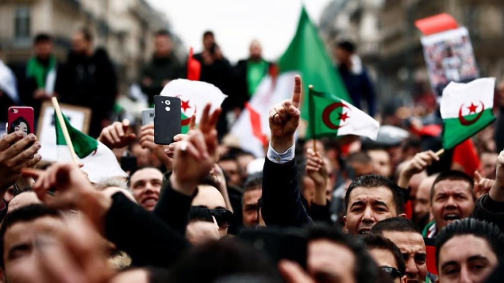 مظاهرة حاشدة بشرق الجزائر