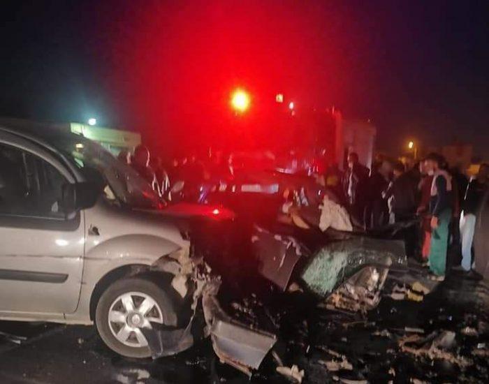 جرسيف مصرع سيدتين وإصابة شخص آخر في حادث اصطدام بين سيارتين