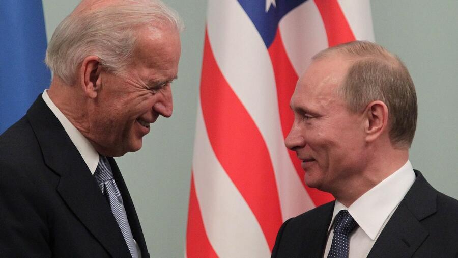 روسيا تستدعي سفيرها من واشنطن للتشاور