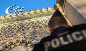 """عبارة """"الله أكبر"""" تفتح النار على مسلمي فرنسا وتحي مصطلح الإسلامو فوبيا."""