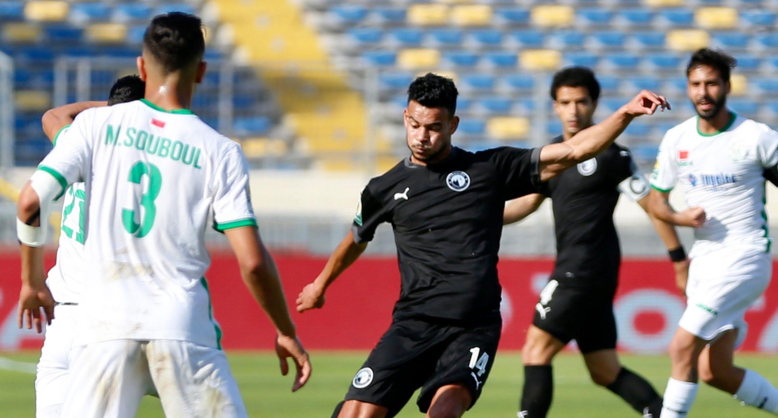 الرجاء الرياضي وبيراميدز المصري