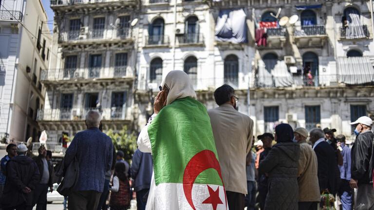 عملية تزوير كبرى في الجزائر بطلها مغربي