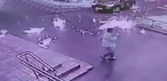 شاهد مطر النار في روسيا .. فيديو مرعب