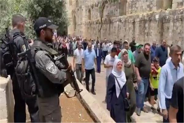 الفلسطينيون