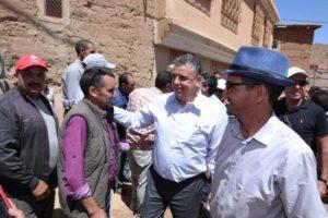وهبي يتباهى بزيارته للمغرب العميق ومغاربة يقصفونه: